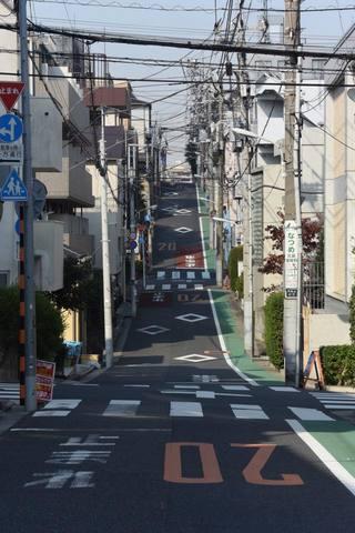 tokyo6589s.jpg
